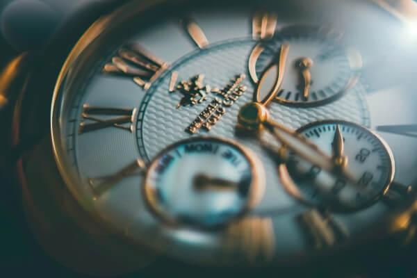 budowa zegarka mechanicznego