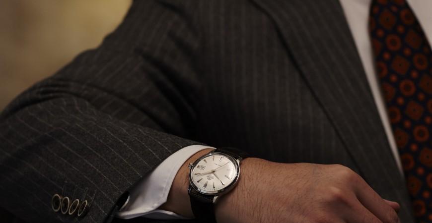Jaki zegarek do garnituru?